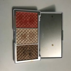 Pur- bronze and highlight and blush palette